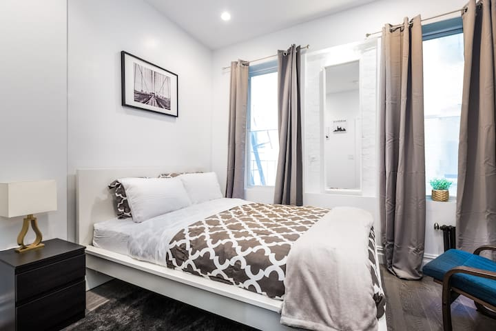 ☆ Newly Renovated, with W/D in ♡ of New York City!