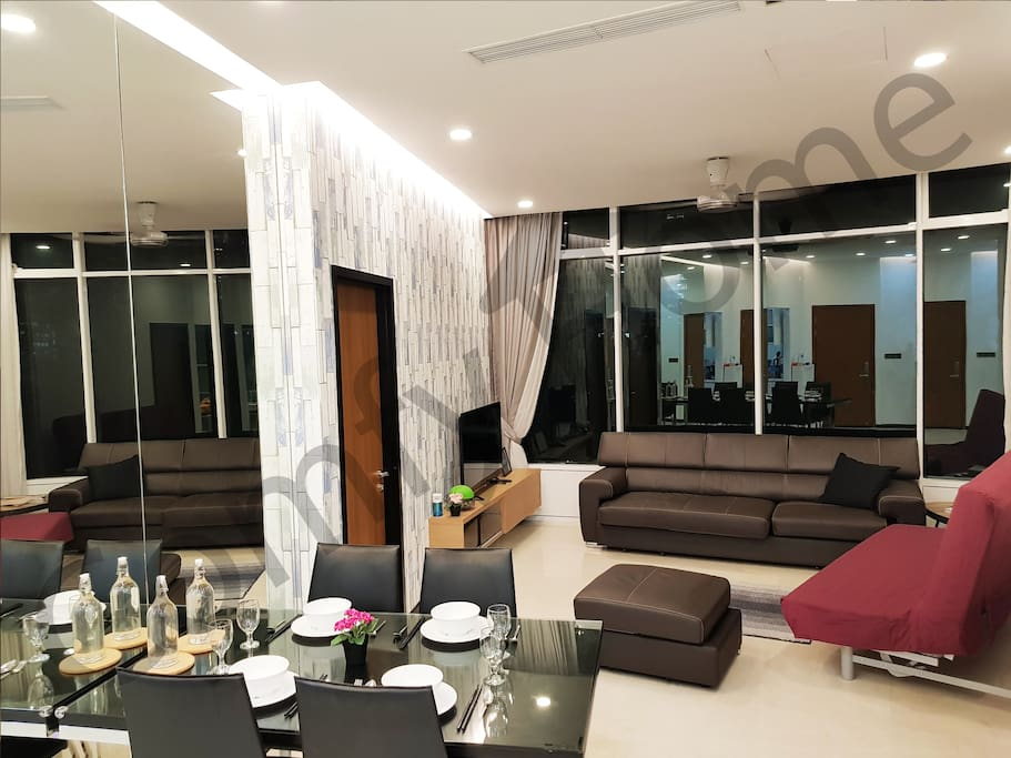 Luxury & Comfy Service Apartment /5-13pax , 5mins walk to KLCC&Monorail Station