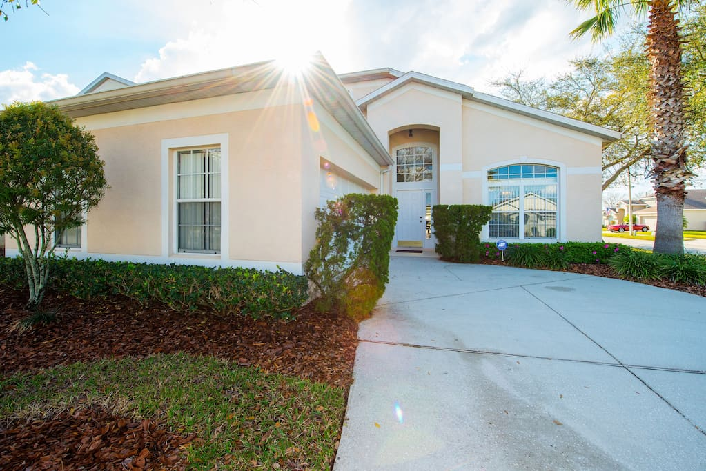 115 Castlemain Circle, Hampton Lakes Davenport Florida