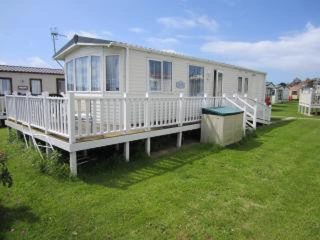 Spacious 6 berth static caravan. - West Bay - Other