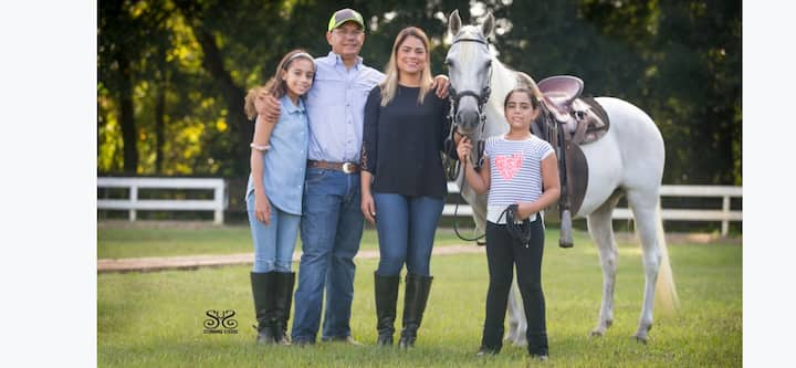 4j ranch is a beautiful family own horse farm.