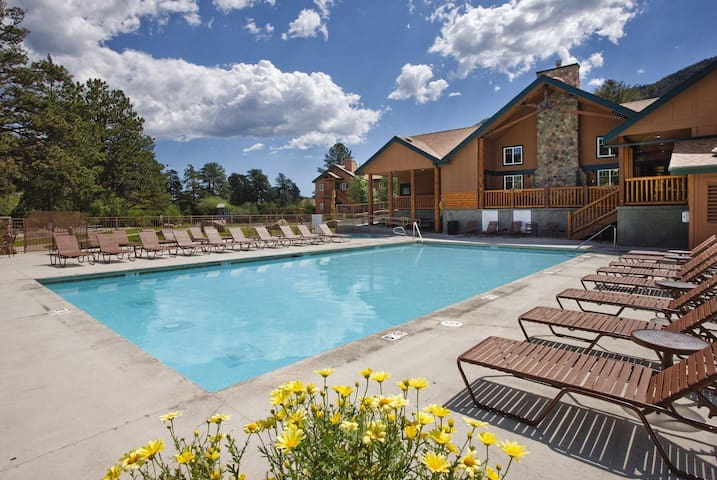 Studio condo in mountain resort - Estes Park - Timeshare