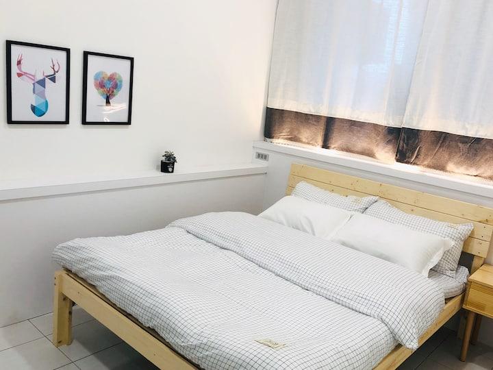 Miniinn - Double Room with Private Bathroom