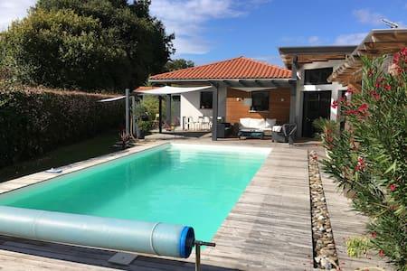Très belle villa, proche Hossegor - Saint-Vincent-de-Tyrosse - Casa de camp