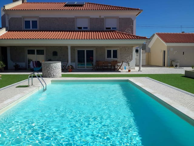 One to three bedrooms for rent in Villa with pool