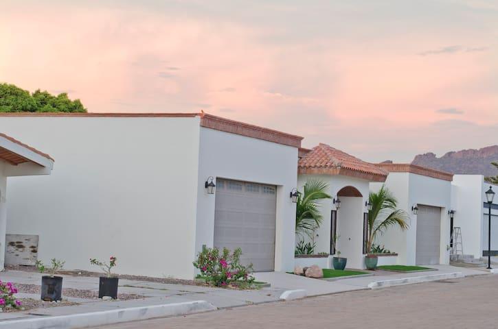 Hacienda Babbitt - San Carlos - Rumah