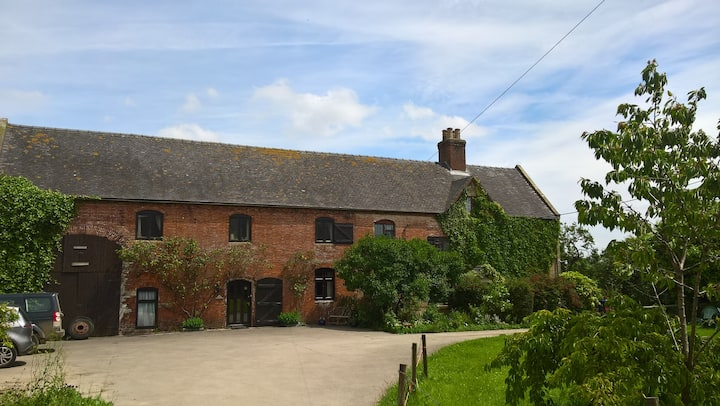 The Fitz-Charles room @ Yeldersley Old Hall Farm
