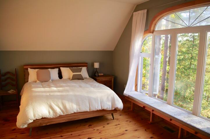 Master bedroom - wake up to a lake view.