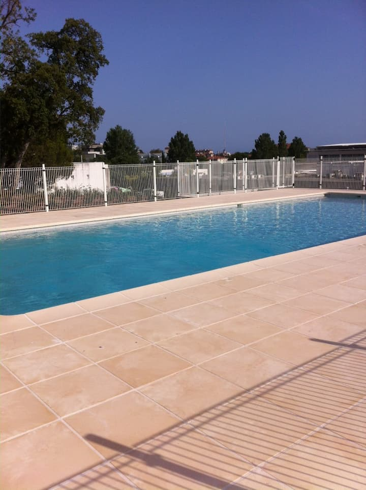 T2 Neuf de 43 m² dans résidence calme avec piscine