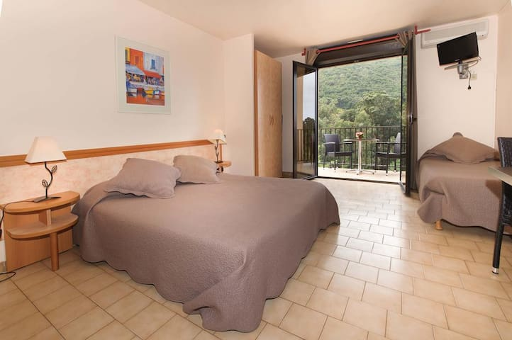 RESIDENCE CALA DI SOLE *** Appartement 4 personnes