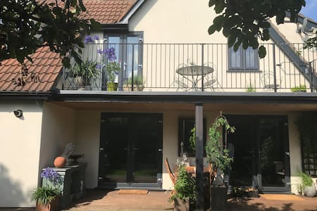 Luxury double en-suite bed & breakfast in Monmouth