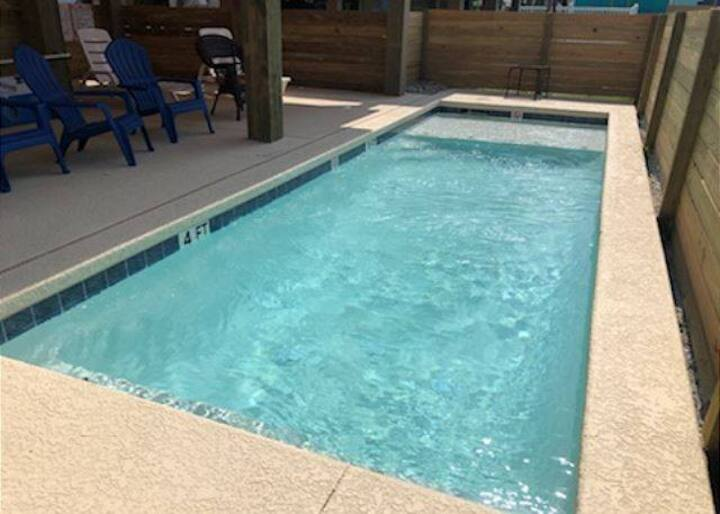 FC1702: Private Pool, Room for Boat Parking, Complimentary Golf Cart for 24hr