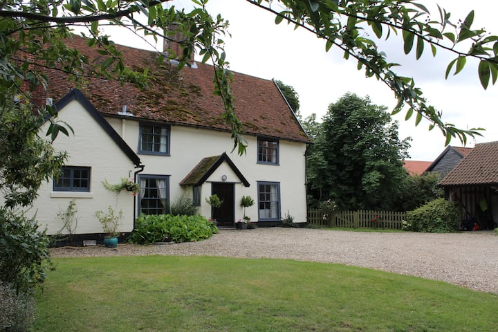 Moat Farmhouse