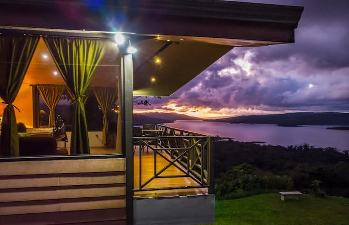 Studio at the hill, Amazing Volcano and Lake View