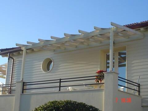 NUOVA Casa  sulla spiaggia Lido di  Camaiore
