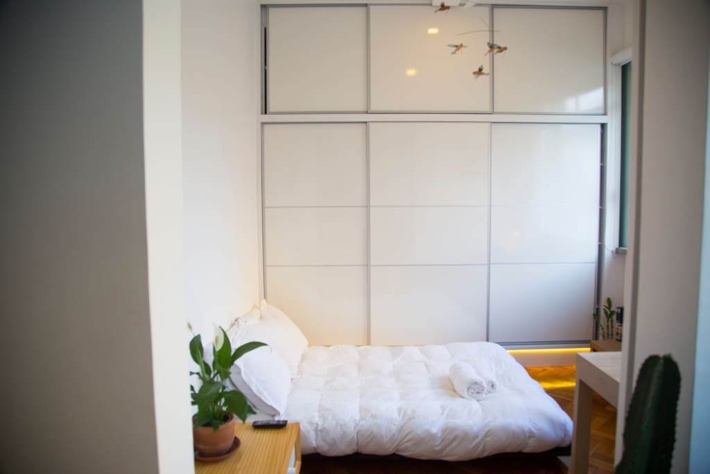 Guest Bedroom Quarto de Hóspedes