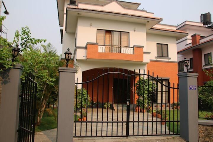 Pokhara Home (Bungalow) - Pokhara - Bungalow