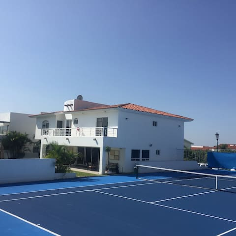 cancha de tenis profesional - Oaxtepec - Casa