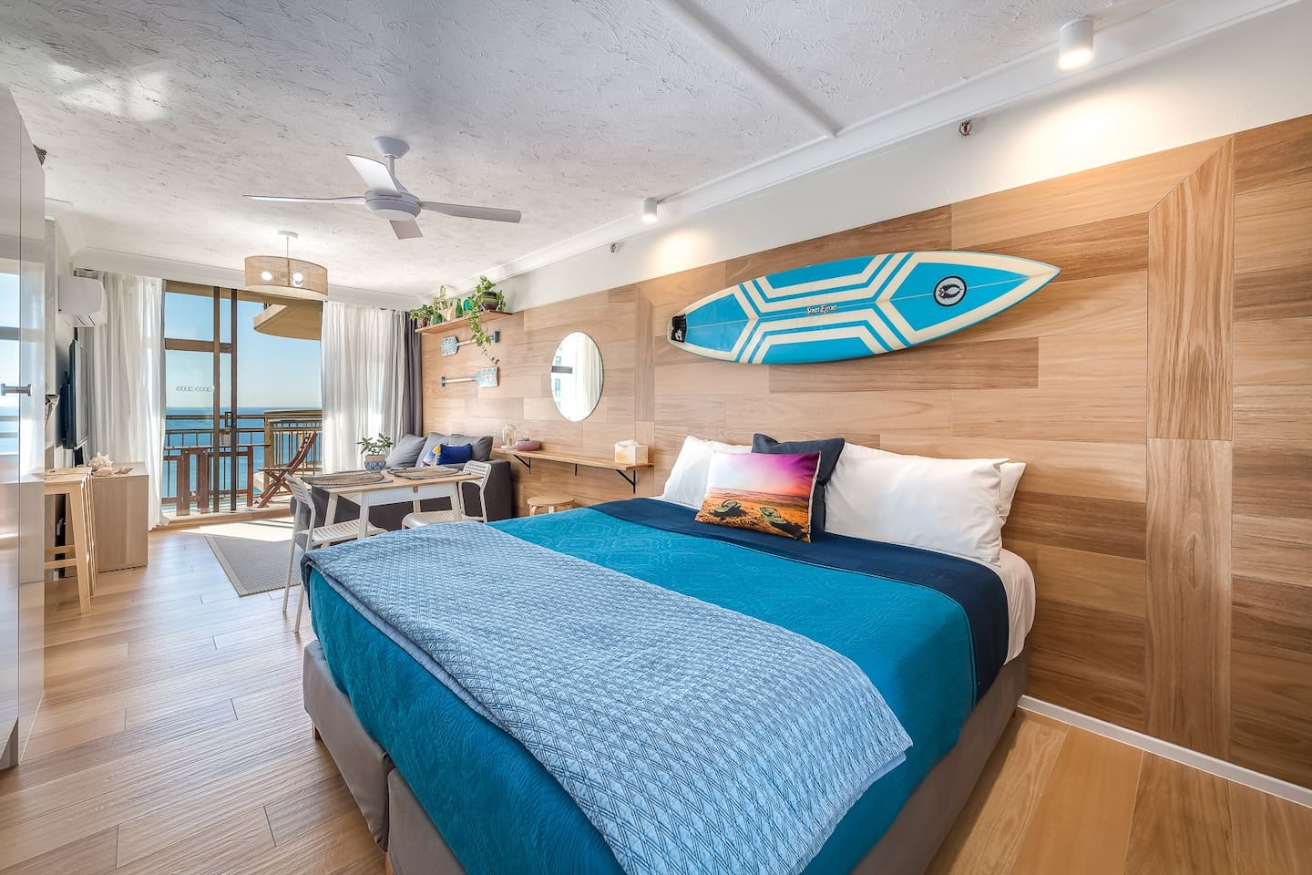 Welcome to the beach house king suite. Luxury accomadation in the heart of Surfers Paradise
