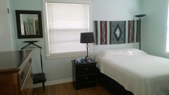 2br/1b Travel Nurse Perfect House in Hillcrest