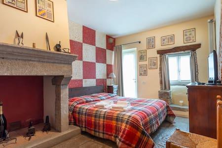 Matilde's Medieval House - Natisone Room