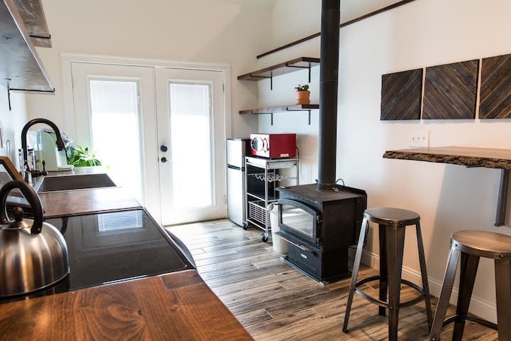 Beautifully Furnished Studio Space