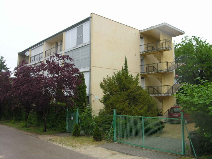apartment for 2+2 persons in Balatonlelle R16871