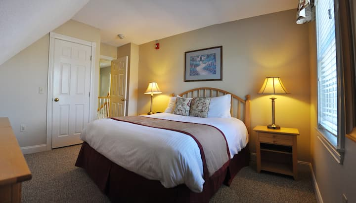 4BR with all Eastern Slope Inn amenities!