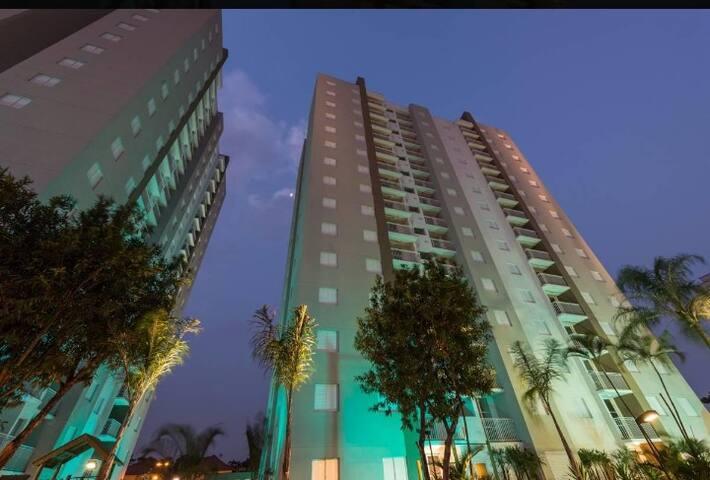 Suite a 5 mi do Expo Center Norte e 10 do Anhembi.