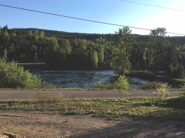 Stunning view of the Quesnel River from your front porch. The sound of the river at night is very soothing.