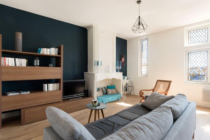 Magnifique appartement 2 chambres vue sur marché