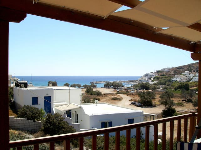 Family house w/terrace & sea views - Sikinos