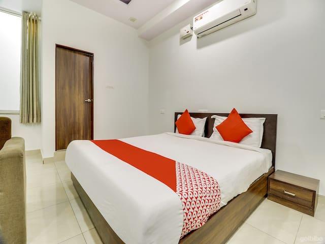 Classic room in OYO 6697 Hotel Green Lemon