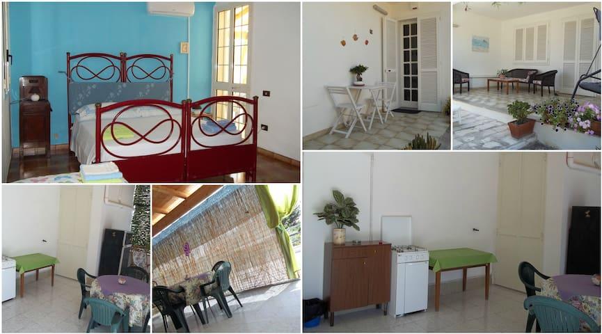 double room / triple room in Torre Lapillo - Torre Lapillo - Villa