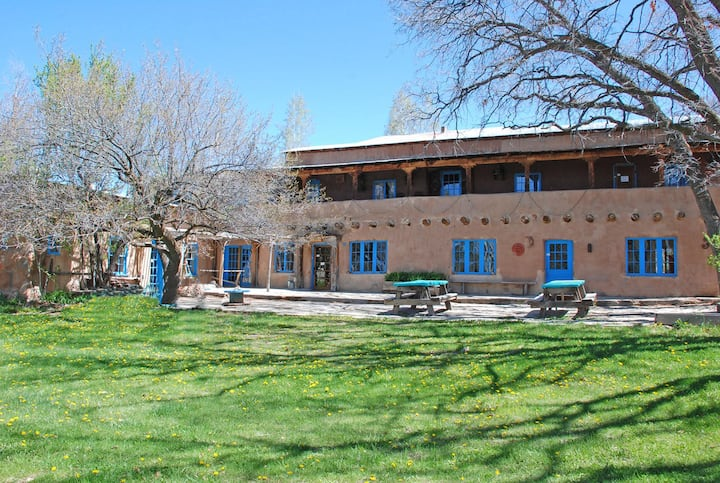 Circle A Ranch Guest Lodge