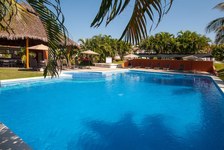 4 Bedroom Home - Nuevo Vallarta - Close to Beach