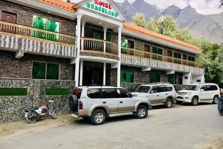 Hotel Graceland Skardu