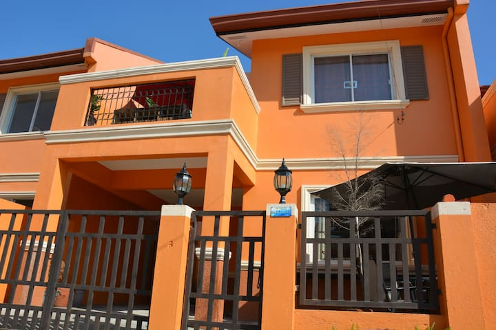 Affordable  Great Location! Beside Shopping Center