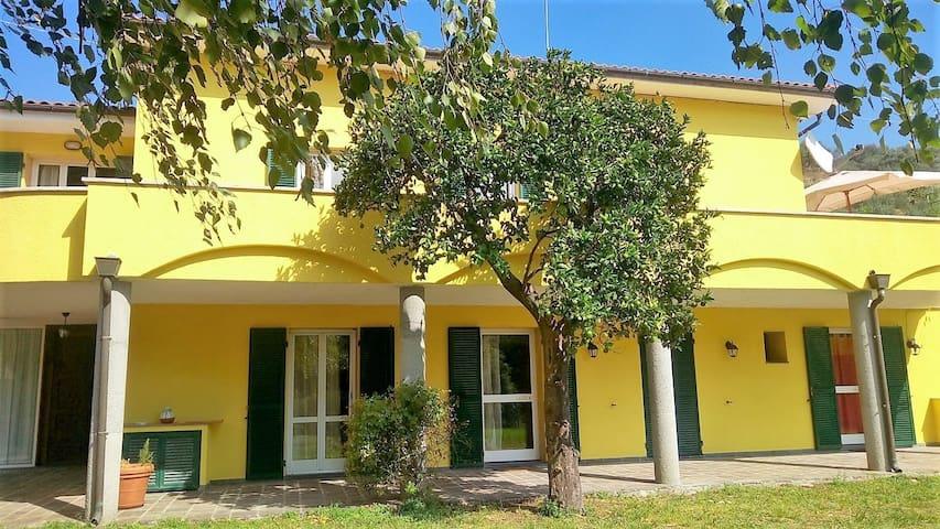 Stanza Tripla Deluxe / Bagno privato - Provincia di Savona - 別荘