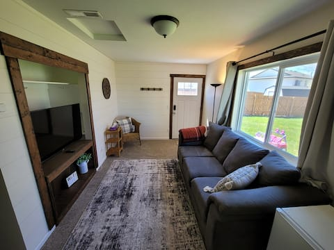 """""""Farm House"""" Style Suite - NO Cleaning Fee"""