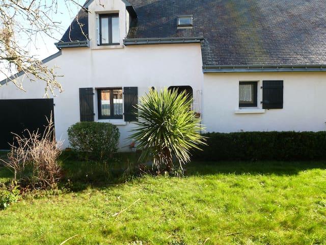 Maison de vacances dans le Morbihan - Quéven - House