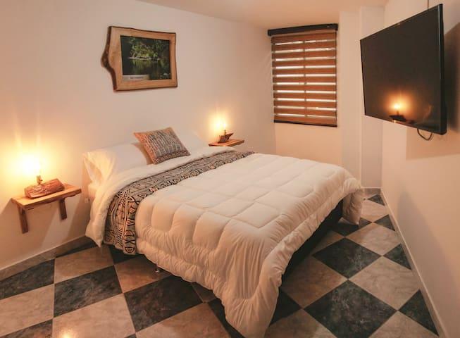 Nogal Hostel, Habitación Urapán (una cama doble)