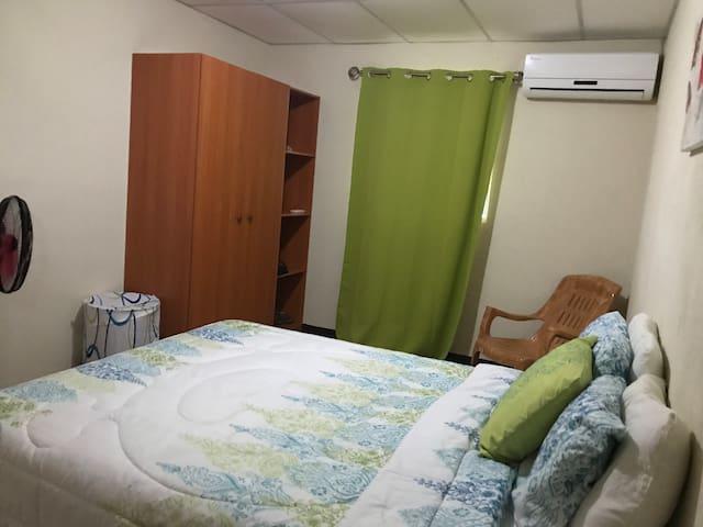 Casa de Huéspedes Residencial el Doral.