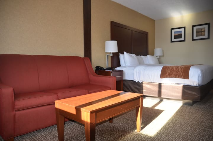 Comfort Inn & Suites VA - A home like stay
