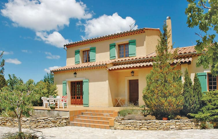 Holiday cottage with 3 bedrooms on 150m² in Mollans Ouveze