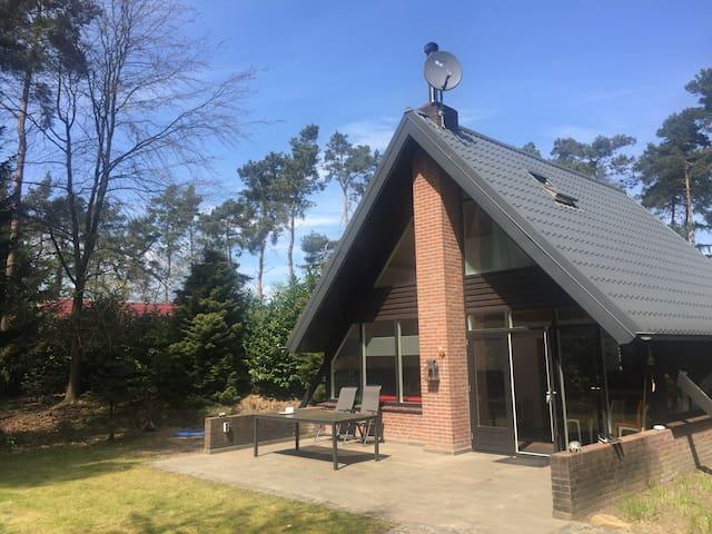 Beautiful, luxurious 5p bungalow in Eersel
