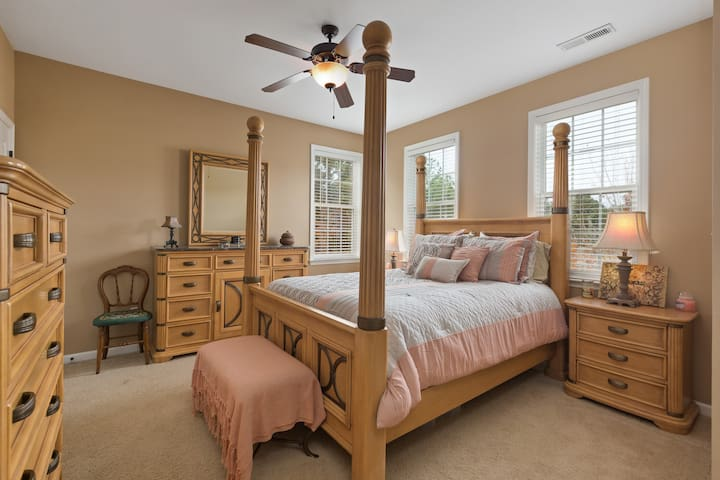 Master Bedroom in Beautiful Chapel Hill Townhouse