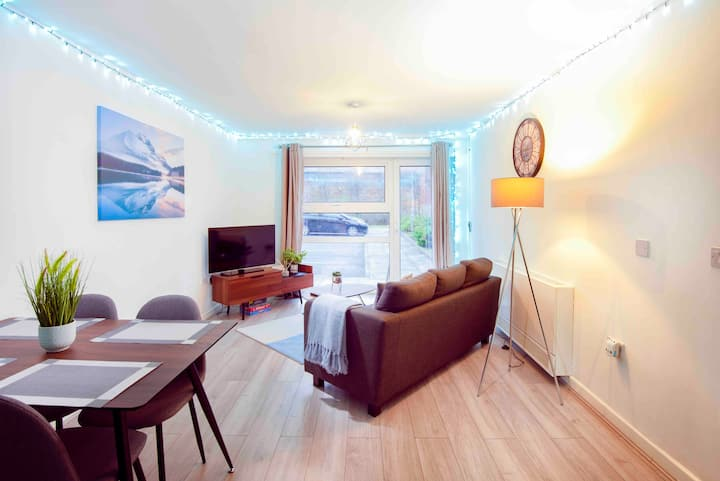 ⭐Fabulous Home, Free Parking, Great Location (1)⭐