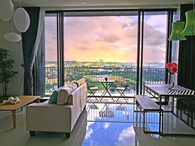 C15#南湖畔 Lakeview 3BR cozy family suite, MINES, UPM