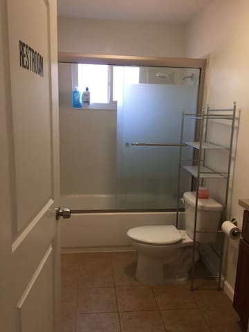 Milpitas F #bed bunk Hwy 6804(Lower)